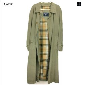 Vintage Burberrys of London Trench Coat Size 42R